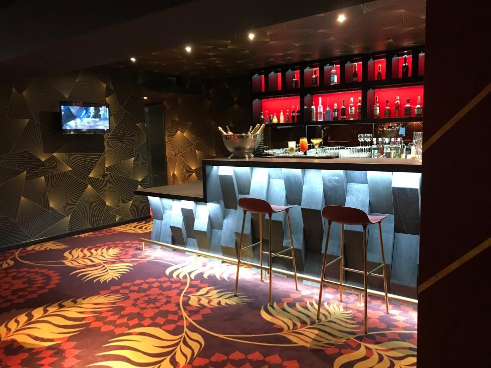 Le bar du Club Berri