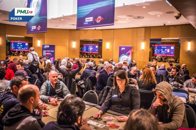 La salle de tournoi du Club Montmartre / Copyright PMU Poker