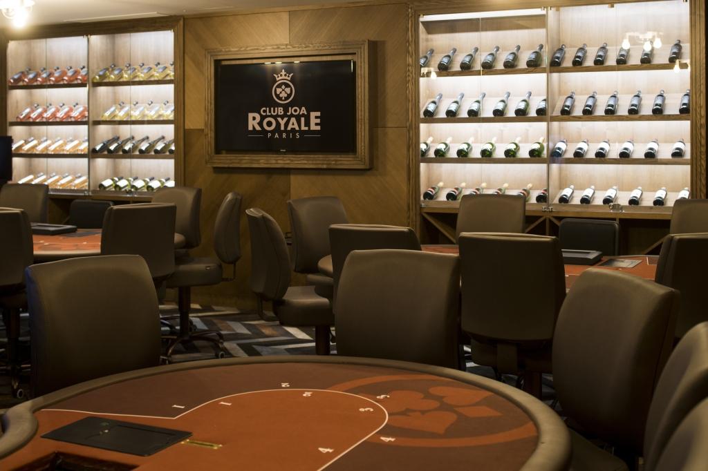 Salon La cave - Espace Poker ©G Perret